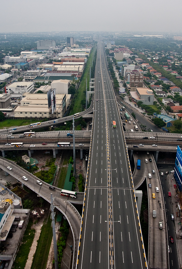 Aerial photo of South Luzon Expressway Skyway