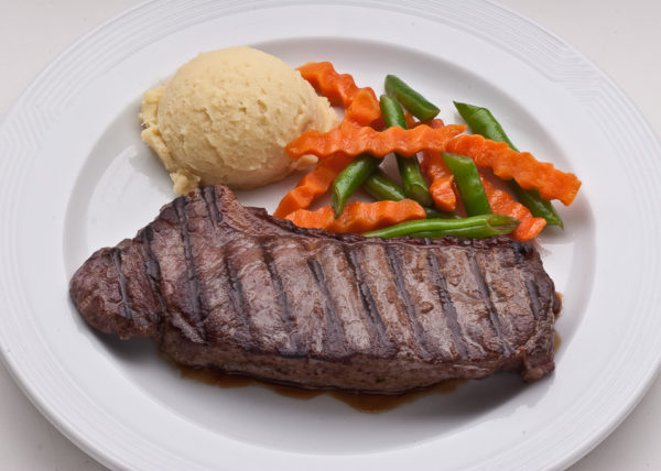 steak with mashed potato and vegies